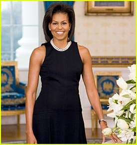 official_michelle-obama-white-house-portrait.jpg