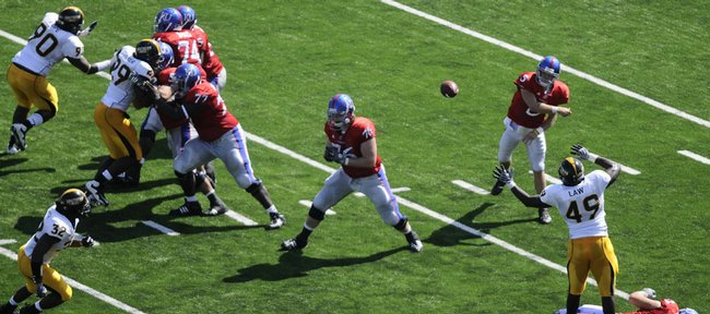 Kansas quarterback Todd Reesing passes against the Southern Miss defense during the second quarter, Saturday, Sept. 26, 2009 at Kivisto Field.