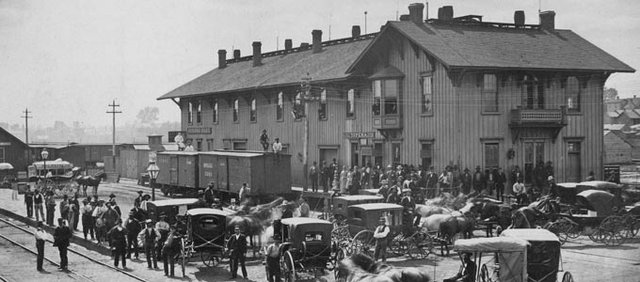 The Topeka Depot of the Atchison, Topeka &amp; Santa Fe, where Fred Harvey took over the second-floor lunchroom in early 1876.