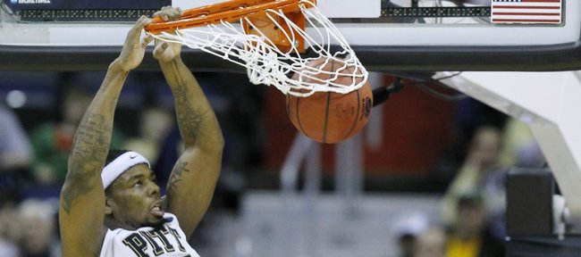 Pittsburgh forward Nasir Robinson (35) dunks during the second half of the Southeast Regional second-round game against UNC-Asheville, Thursday, March 17, 2011, at the Verizon Center in Washington. Pittsburgh defeated UNC-Asheville 74-51.