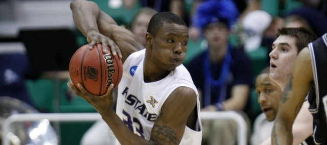 In this March 27, 2010 file photo, Kansas State's Wally Judge looks to pass against Butler during the first half of the NCAA West Regional final college basketball game in Salt Lake City. Judge is transferring to Rutgers after spending two seasons at Kansas State, the Scarlet Knights announced Wednesday, May 18, 2011.