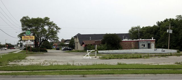 An empty lot at 27th and Iowa streets could be the new home of an Olive Garden in Lawrence.