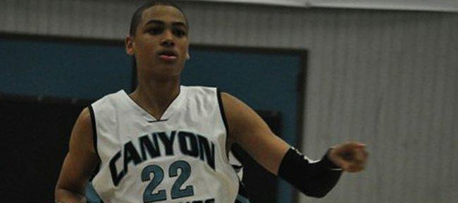 Merv Lindsay committed to the Kansas University men's basketball team on Wednesday.