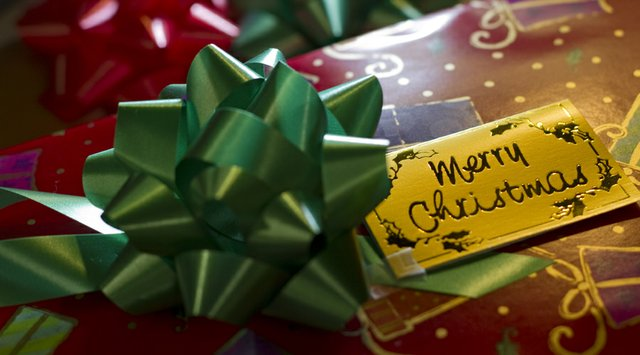 Good quality wrapping paper makes gift wrapping a lot easier, according to Susie Huffman, one of ten Christmas wrappers that work at Weaver's gift wrapping department.