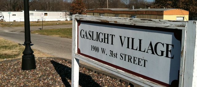 A plan to build 350 apartments next door to the Home Depot would send hundreds of families at the Gaslight Village, a mobile home park located at 1900 W. 31st St., looking for new places to to set their mobile homes.