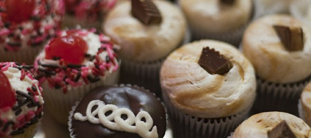 """Billy Vanilly features three sizes of cupcakes, including these bite-sized """"preemies."""""""