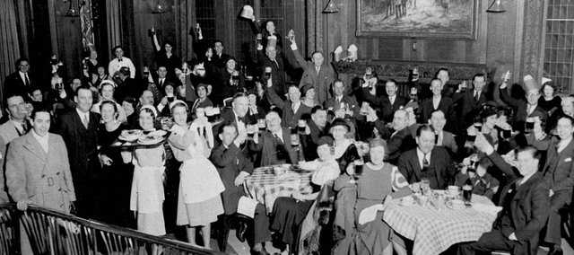 """Revelers celebrate the end of prohibition in Chicago. The Watkins Community Museum of History will host a """"Speakeasy Night,"""" a fundraiser celebrating the free-wheeling 1920s."""