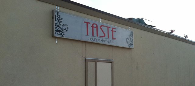 Taste Lounge, Bar and Grill, 804 W. 24th St.