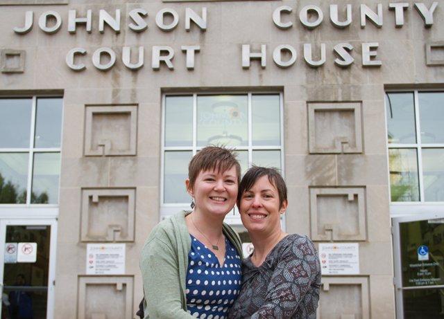 Same sex marriage license online in Brisbane