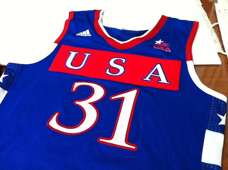 Jayhawks change jerseys, USA on the front | KUsports.com