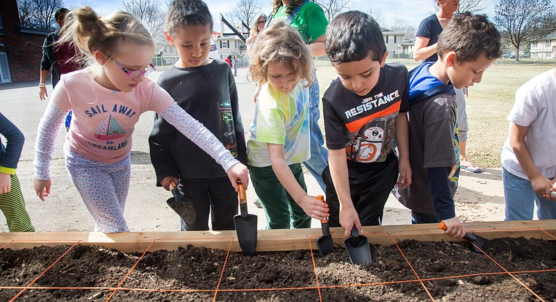 Farm To School Adds Gardens At Lawrence Elementary Schools