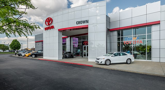 Crown Automotive: Best Place to Buy a New or Used Car, Best of Lawrence 2016