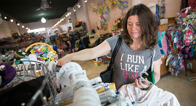 Doodlebugs: Best Children's Clothing Store, Best of Lawrence 2016