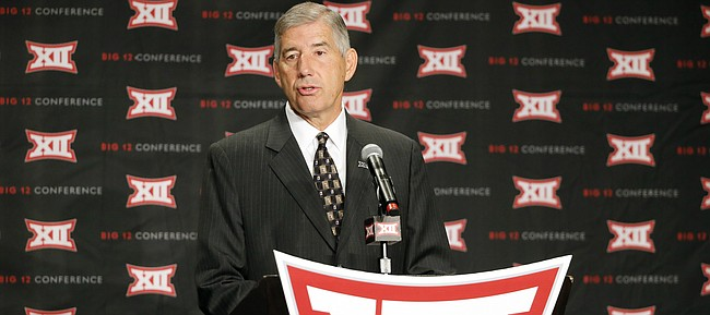 Big 12 commissioner Bob Bowlsby addresses attendees during Big 12 media day, Monday, July 18, 2016, in Dallas. (AP Photo/Tony Gutierrez)