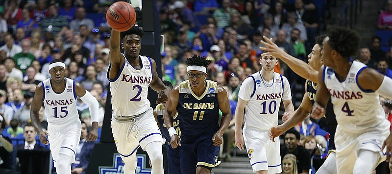 Jayhawks make the most of UC Davis technical foul | KUsports.com