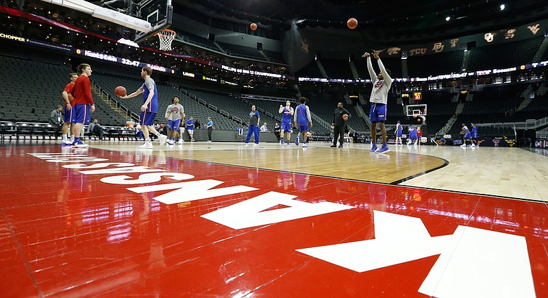 Jayhawks Have Open Practice Wednesday At Kansas City 39 S Sprint Center