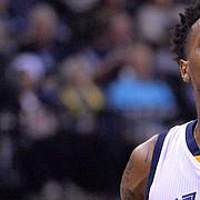 Memphis Grizzlies guard Mario Chalmers (6) plays in the second half of an NBA basketball game Tuesday, Dec. 8, 2015, in Memphis, Tenn.