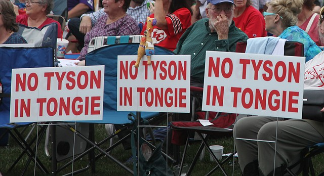 Area residents and lawmakers gather in Tonganoxie's Chieftain Park, Friday, Sept. 15, 2017, for a public forum about a proposed Tyson chicken facility south of the town.