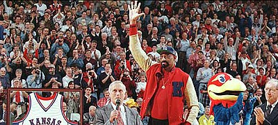 The return of Wilt Chamberlain, center, in 1998 was judged the No. 3 most memorable moment in Allen Fieldhouse history by KUSports.com viewers.