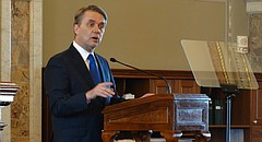 Gov. Jeff Colyer addresses a joint session of the Kansas Legislature on Wednesday, Feb. 7, 2018.