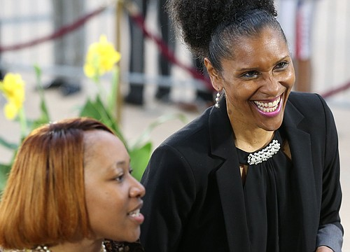KU legend Lynette Woodard honored with yet another Hall of Fame induction