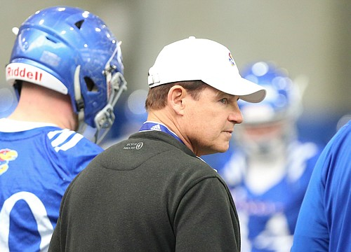 Les Miles' track record vs. top 25 teams far better than what KU football is used to