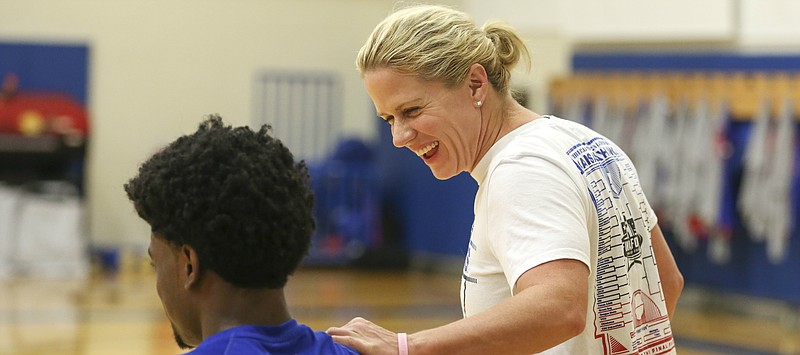 Andrea Hudy headed back to UConn to work with Huskies' women's basketball program