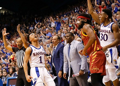 Offensive explosion helps No. 3 Kansas cruise past Iowa State for 91-71 win
