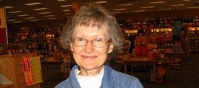 Photo of Linda Hoffman