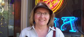 Photo of Donna Neuenswander