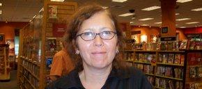 Photo of Kim Holcomb