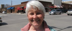 Photo of Dee Hoffmeier