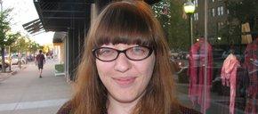 Photo of Sarah Thomas