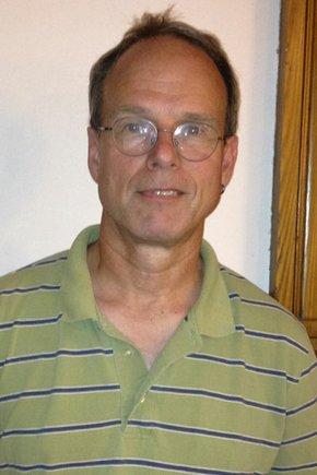 Photo of Larry Brow