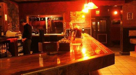 The main bar!