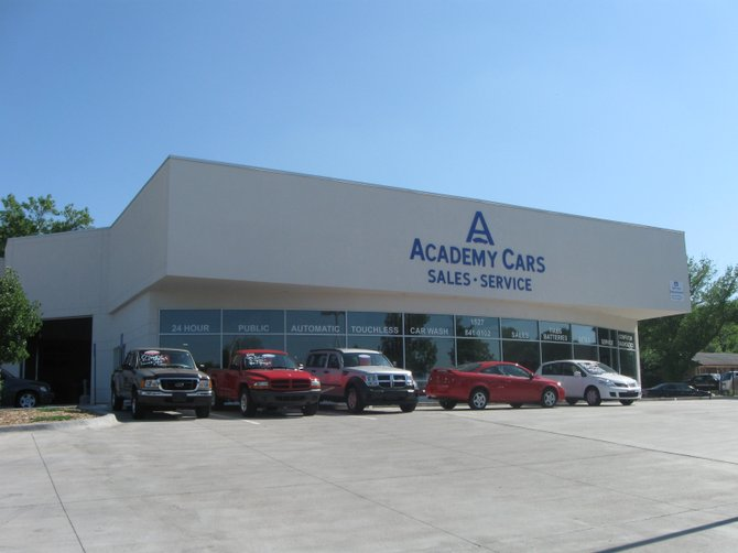 photo academy cars service everything from oil change to engine change lawrence ks. Black Bedroom Furniture Sets. Home Design Ideas