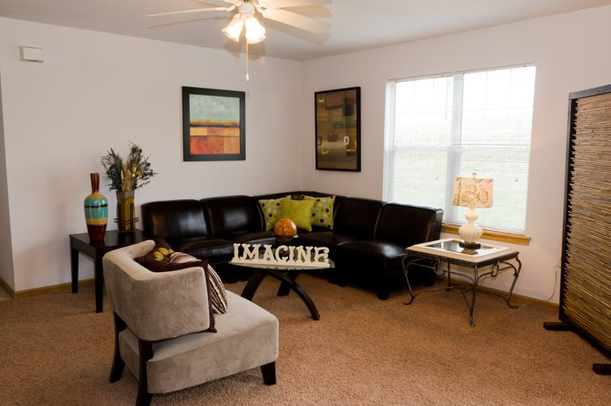 1 bedroom Living Room. Photo   Aberdeen Apartments   1 and 2 bedroom units with washer