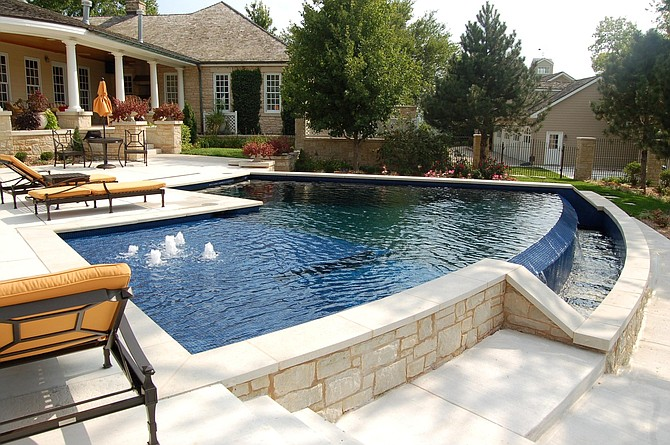 photo midwest custom pools leading provider of. Black Bedroom Furniture Sets. Home Design Ideas