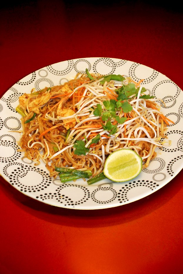 34 - Chicken Pad Thai