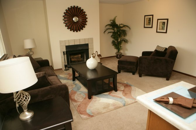 Apartments With Fireplace | Eddingham Place Apartments | 1 & 2 ...