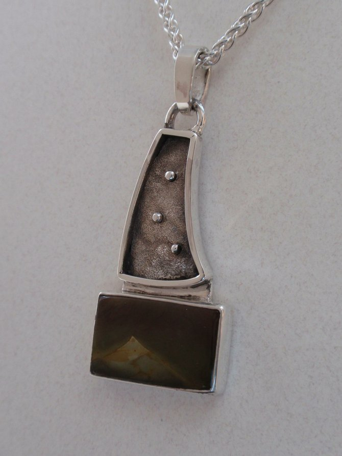 Necklace (JC33)