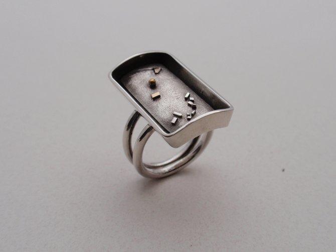 Ring (JCR3)