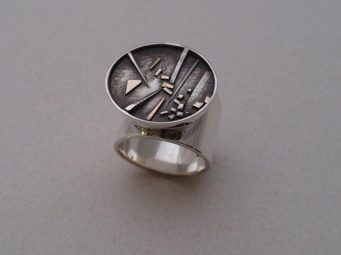 Ring (JCR5)