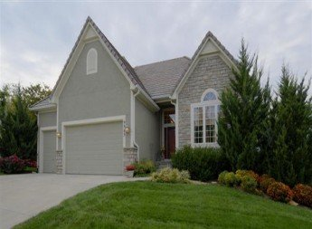9963 Fountain Circle, Lenexa