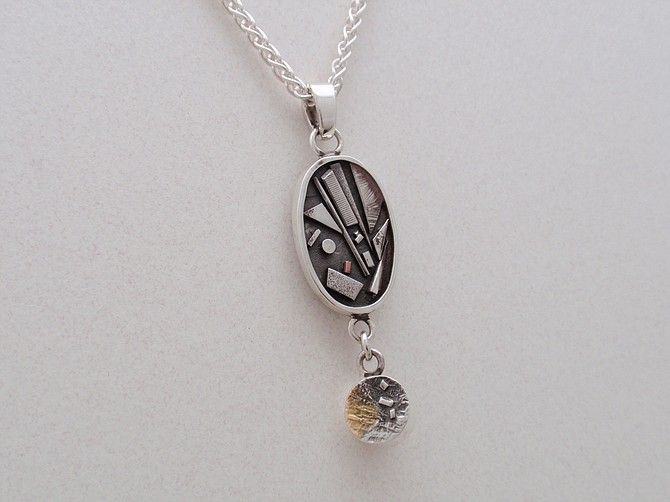 Necklace (JCN82/2 of 2)