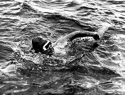 Gertrude Ederle Swimming The English Channel Photos for August 5, 2...