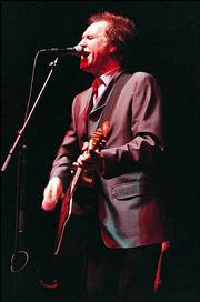 Ray Davies, founding member of the Kinks performed Sunday night at Kansas City's Memorial Hall.
