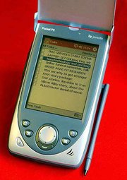 The Hewlett-Packard Jornada 565 uses Microsoft's Pocket PC operating system, version 2002. It contains richer color graphics, new applications and more input options, including a feature that attempts to translate your scrawl into live text.