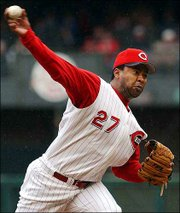 Cincinnati's jose rijo pitches against San Francisco. Rijo, 37, earned his second victory Saturday at Cincinnati. The veteran is making a comeback after five elbow operations.