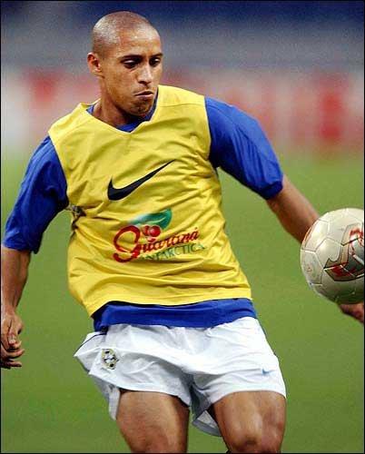 Roberto Carlos: Photos For June 25, 2002 / LJWorld.com